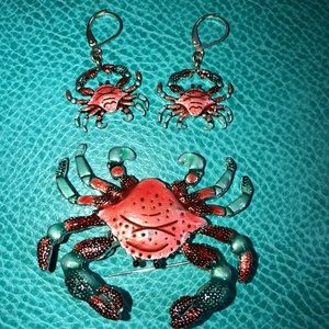 Jewelry - Blue Crab Earring & Brooch set